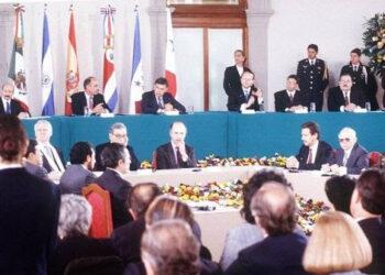 Se cumplen 25 años del acuerdo de paz en El Salvador, fin a la guerra civil