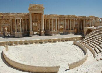 Daesh destruye parcialmente el Teatro y el Tetrápilo romano de Palmira. Condena de la UNESCO