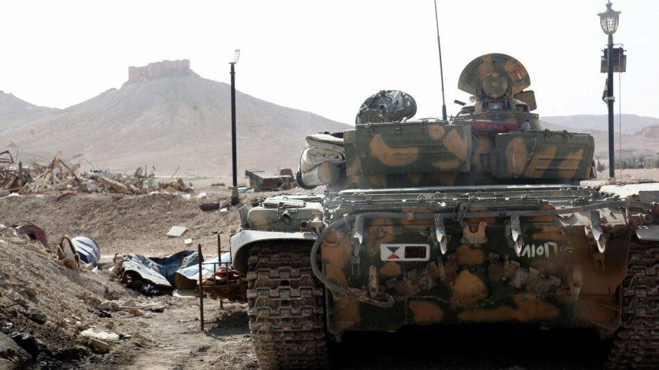 Ejército sirio rechaza ataque del EI y pasa al contraataque en Deir Ezzor