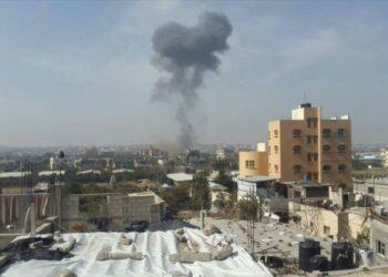 Caza israelí ataca campo de refugiados Nuseirat en centro de Gaza