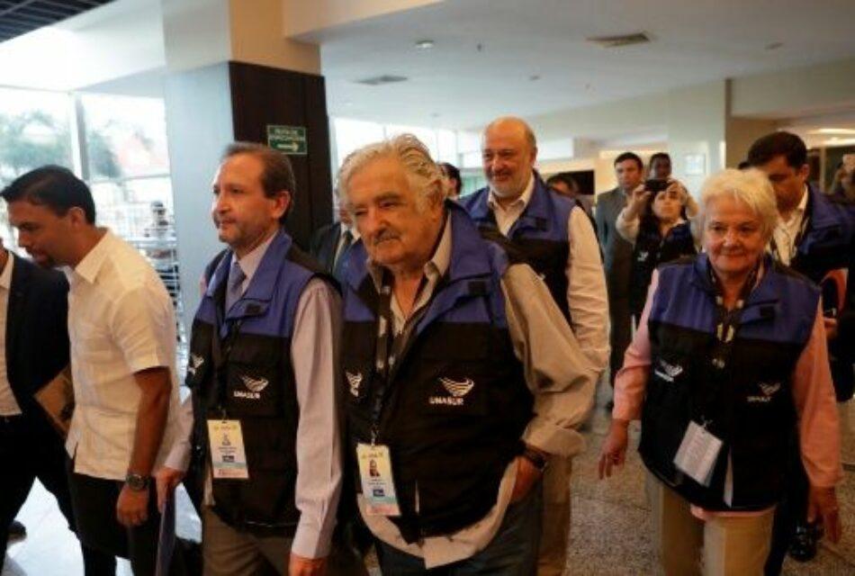 «No venimos como inspectores», dice Mujica sobre misión de Unasur en Ecuador