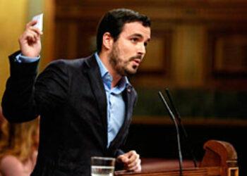 """Garzón recuerda a PSOE y C's que """"tuvieron la oportunidad, pero no quisieron"""" de cambiar la ley para aliviar la regla de gasto del PP a los ayuntamientos que hoy critican"""