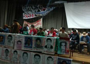 V Convención Nacional Popular suma voces para exigir justicia por los 43 de Ayotzinapa