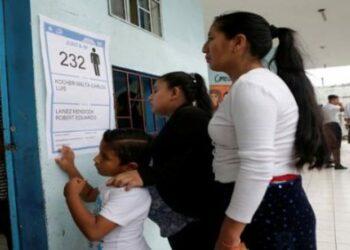 El Sí lidera la consulta popular sobre paraísos fiscales en Ecuador