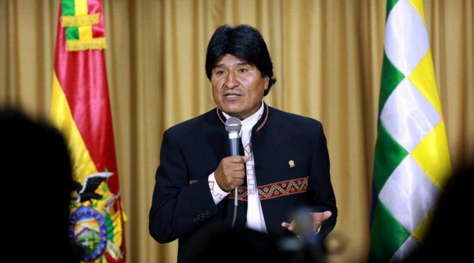 Evo: Gracias a las nacionalizaciones las ganancias se quedan en Bolivia