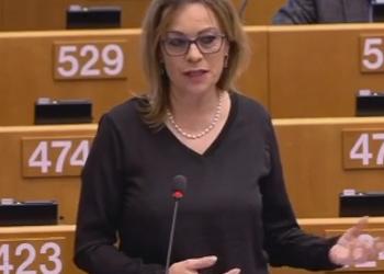 Vallina reclama iguales derechos de adopción en la UE para las parejas del mismo sexo