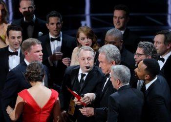 Críticas a Trump y un error descomunal marcan los Óscar 2017