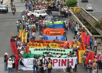 (Fotos) Honduras Pueblos indígenas hondureños se movilizan exigiendo justicia para Berta