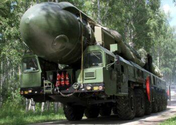 Reto a OTAN: Rusia instala en secreto misil nuclear 'prohibido'