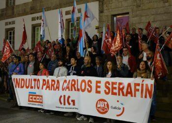 CIG, CCOO e UGT piden reunirse de inmediato ca Subdelegada do Goberno en Pontevedra para esixir o indulto de Carlos e Serafín