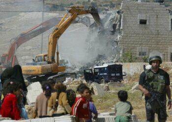 IU insta a Mogherini a actuar contra las nuevas demoliciones previstas por el Gobierno israelí en Cisjordania