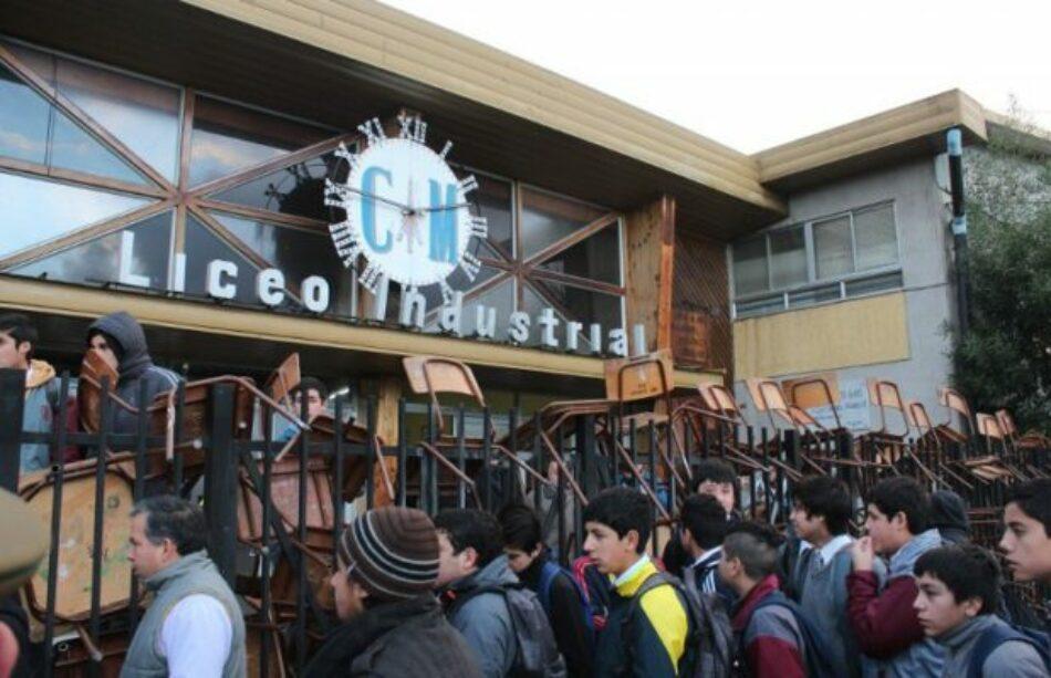 Chile. Estudiantes Secundarios de Los Ángeles se tomaron el Liceo Industrial