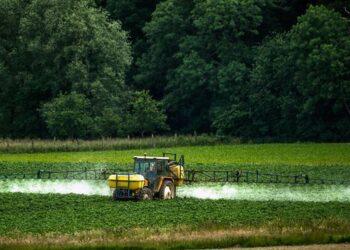 Relatora ONU llama a forjar tratado para regular plaguicidas peligrosos