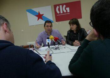 La Guardia Civil encuentra cinco mayores escondidos en un galpón del centro propiedad de Lucía Pedroso, presidenta de la Asociación de Jóvenes Empresarios de Pontevedra.