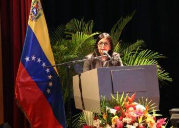 Canciller de Venezuela rechaza declaraciones ofensivas de Kuczynski