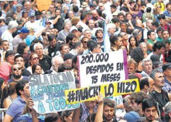 La lista de despedidos no deja de crecer en Argentina