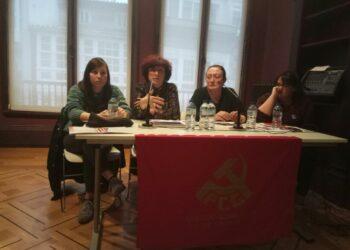 O Partido Comunista de Galicia celebrou onte a mesa redonda «Mulleres con Clase» dentro das actividades conmemorativas do 8M