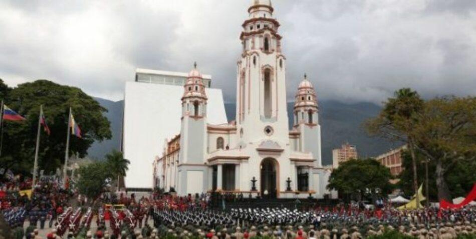 Venezuela rinde homenaje a heroínas en Panteón Nacional
