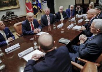 Presupuesto de Trump privilegia las armas sobre la diplomacia