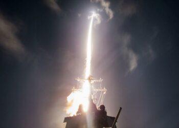 EEUU prueba con ensayos de 'alto riesgo' aptitud ante Pyongyang