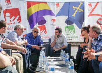 Garzón constata el «maltrato presupuestario» del gobierno de Rajoy a Asturias