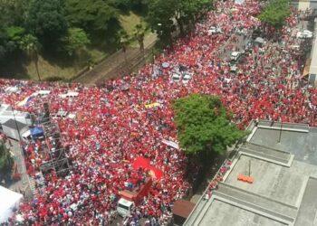 Más de 3 millones de chavistas se movilizaron ayer en Venezuela en apoyo a Maduro y la Revolución Bolivariana