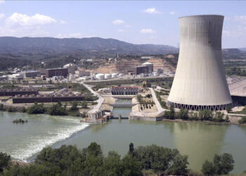 Greenpeace pide a Endesa e Iberdrola que retiren definitivamente la solicitud de reapertura de Garoña