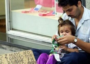 España es el tercer país de la UE con más pobreza infantil
