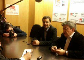 IU da su «total apoyo» a Mélenchon y expresa su «deseo de que consiga el mejor resultado el próximo domingo»