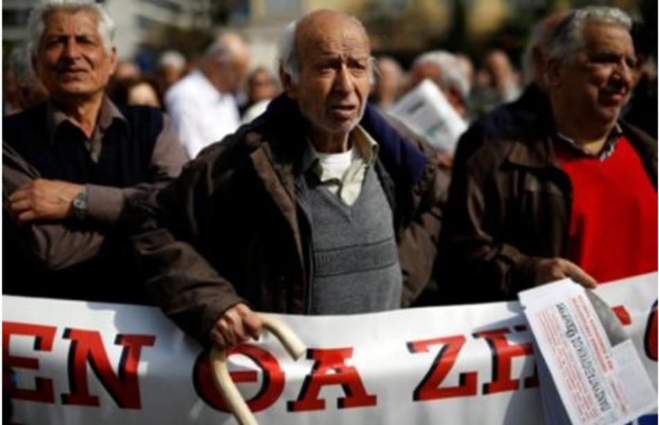 Miles de pensionistas protestan contra la austeridad en Grecia