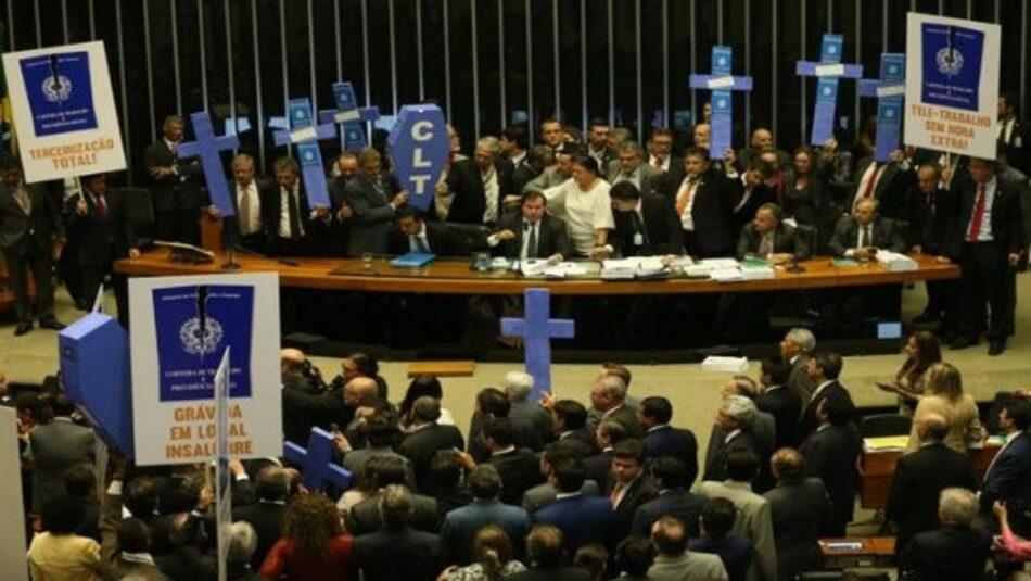 Cámara de Diputados brasileña aprueba reforma laboral de Temer