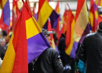 El Partido Comunista de España propone que este 14 de abril ondeen banderas republicanas en las instituciones