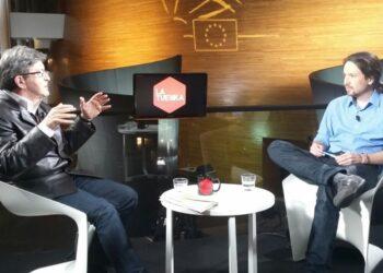 Iglesias acompaña a Jean-Luc Mélenchon en su cierre de campaña a las presidenciales de Francia