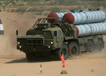 Defensa antiaérea siria derribó 34 de los 59 Tomahawk que atacaron la base de Shairat