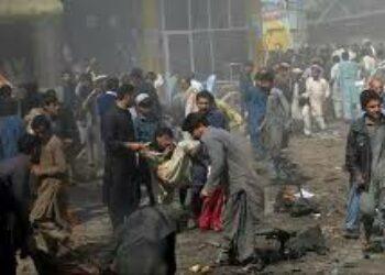 24 muertos y 57 heridos en un atentado takfiri contra mezquita shií en Pakistán