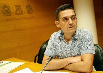 Compromís lamenta el desprecio del Instituto Cervantes al asturiano, leonés, aragonés, extremeño, o aranés