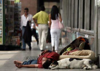 Pobreza en Argentina aumenta casi 4 % e indigencia sube a 2,9 %