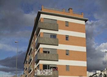 La Audiencia Provincial de Sevilla absuelve a la única condenada de la Corrala Utopía cuando se cumplen tres años del desalojo