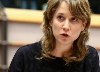 Esquerda Unida, da man da eurodeputada Marina Albiol, insta á CE a investigar a presunta malversación de diñeiro na xestión de fondos europeos levada a cabo por persoas vinculadas ao PP de Ourense
