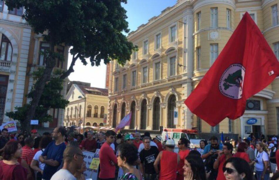 """Por """"Elecciones Directas Ya"""" y la renuncia de Temer, hubo diversas manifestaciones en todo el país / Preparan la """"ocupación"""" de Brasilia"""