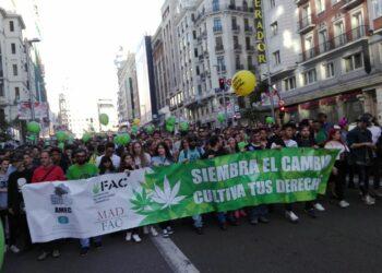 Crónica de la Marcha Mundial de la Marihuana del pasado 6 de mayo: «siembra el cambio, cultiva tus derechos»