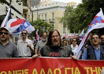 Primera huelga general del año en Grecia contra nuevos recortes