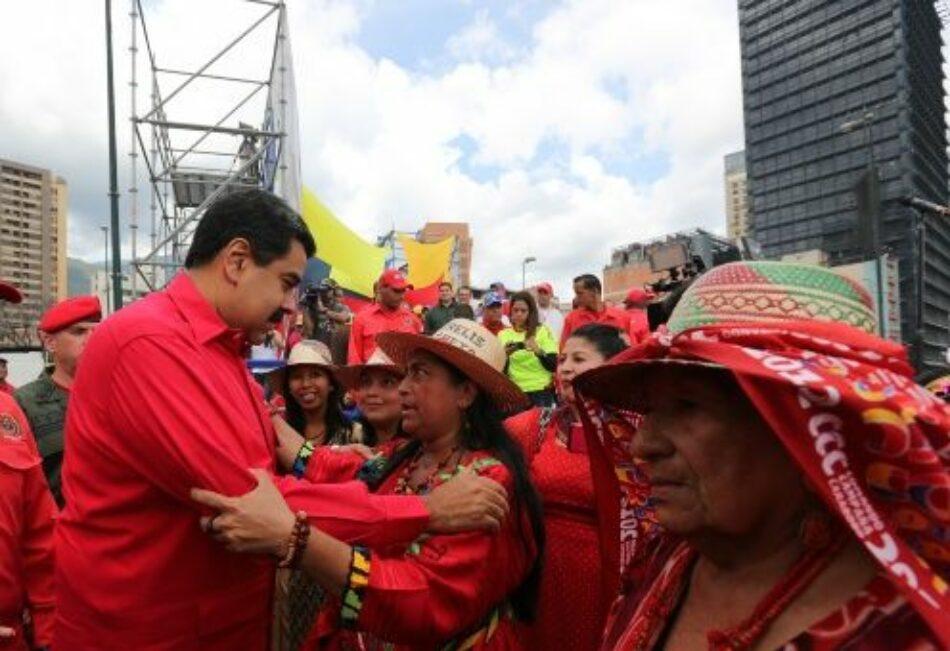 Indígenas venezolanos se concentran en apoyo a la Constituyente