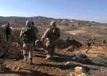 Siria y sus aliados avanzan hacia la frontera iraquí pese a intentos de EEUU de impedirlo