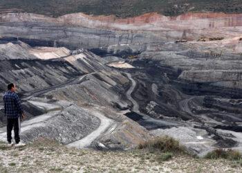 «La moción del PSOE hoy en Senado para impulsar minería carbón es contraria a la legislación europea»