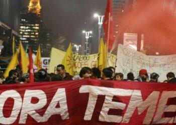 Miles exigen renuncia de Temer y elecciones directas en Brasil