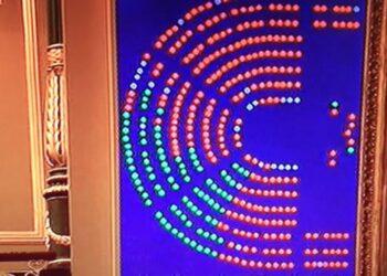 PP, PSOE y Cs impiden que el Tribunal Constitucional opine sobre el CETA