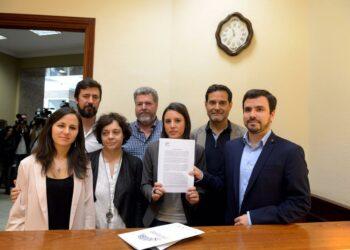 Garzón alerta de que la «corrupción estructural dirigida fundamentalmente a los fondos públicos» que sufrimos «justifica por sí sola la moción de censura a Rajoy»