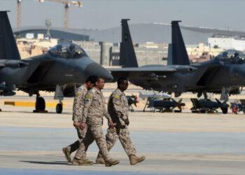 'Arabia Saudí se prepara para atacar Catar con el apoyo de Trump'