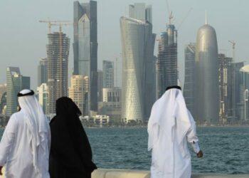 Qatar: Irán envía cinco aviones de carga con alimentos para romper el bloqueo
